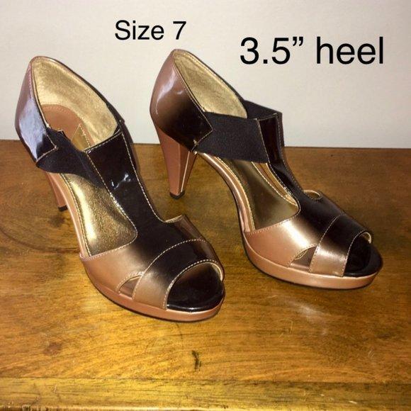 Daisy Fuentes Shoes   Blackcarmel High